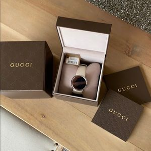 Gucci digital watch from the I-Gucci Collection